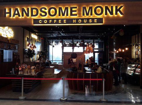 handsome monk parklake
