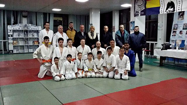 judo hand to hand
