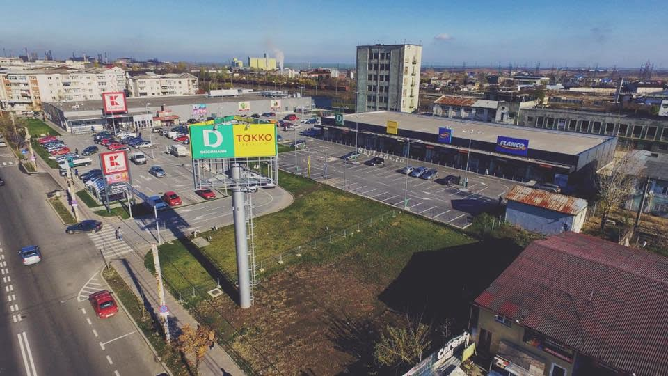 parc comercial slatina Mitiska REIM